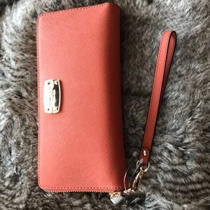 Brand new with tags Michael kors wallet